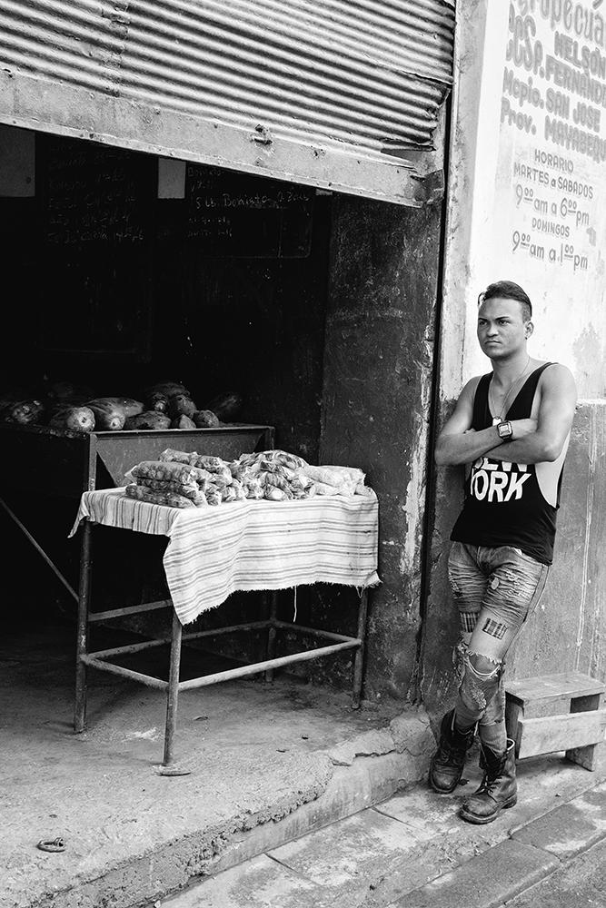 veg vendorb&w.jpg