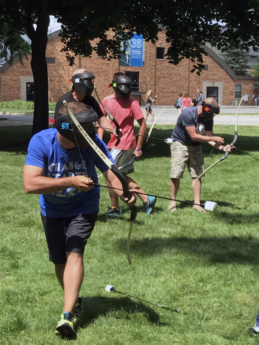 Archery_Tag_Outdoor_Inflatable_101.jpg