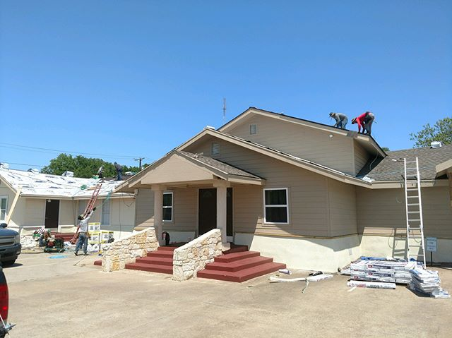 Making roofs great again! Re roofing this church with GAF Timberline HD 30 year laminate shingles! Good to know a master elite GAF contractor. This roof was totaled by the most recent wind and hail storm and insurance paid for a full roof replacement. In addition to the roof we are making siding, decking, fascia and soffit repairs.  Call @hradiculous at (214) 304-9899 for all your roofing needs  #roofing #commercialroofing #stormrestoration #dfwroofing #dallas #roofingcontractor #roofinglife #gaf #timberline