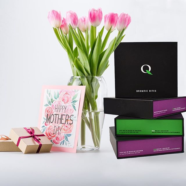 Our edible boxes make the sweetest Mother's day gift.  Try our 10 mg Brownie bites, white chocolate covered brownie bites or rice Krispy treats. . . . #BrownieBites #MedicatedBrownieBites  #Weedstagram #GGDUB #GGDUBLife #IBudYou #lasvegas #marijuana #cannabis #weed #weedstagram  #weedporn #maryjane #weedculture #hightimes #weedstagram420  #cannabiscommunity #cannabisculture #highsociety  #RawLife #GirlsGoneWeed  #Edibles #Cultivation #GrowHouse This is a Marijuana Product. Keep out of reach of children.