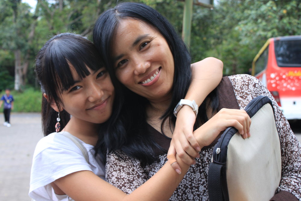 Twelvie Kina and supermom Janti