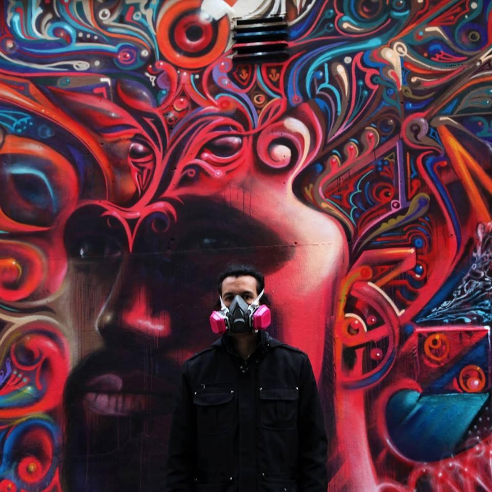 WERC - New york, NY (USA)        Considerado como unos de los artista urbanos mas talentosos en Nueva York, WERC es un artista publico que pinta murales globalmente. WERC a exhibido a nivel internacional en galerías y museos como el Muséé de Aquitaine, MCASD, CAMLA, y formar parte de los archivos de arte Americano en el Smithsonian. A través de su paleta intensa de color se le a reconocido como el Shaman de Graffiti.