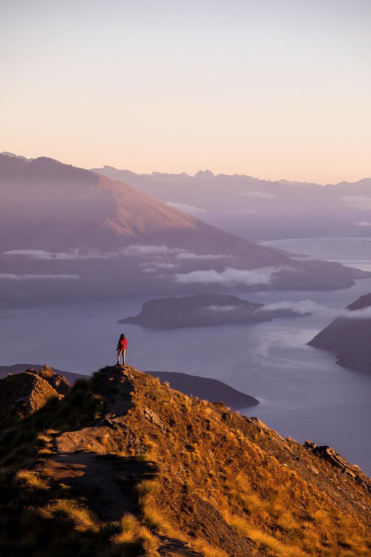 Sunrise at Roy's Peak
