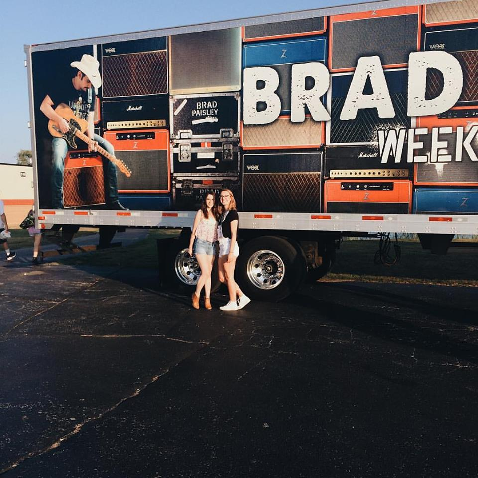 The one where my best friend takes me to see Brad Paisley, Dustin Lynch, Chase Bryant, and Lindsay Ell.