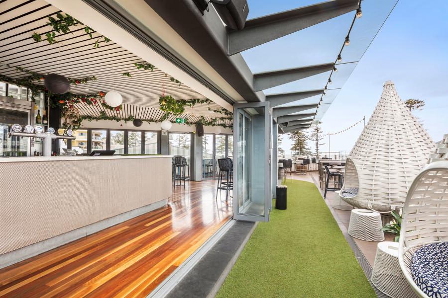 newbrightonhotel-rooftopbar.jpg