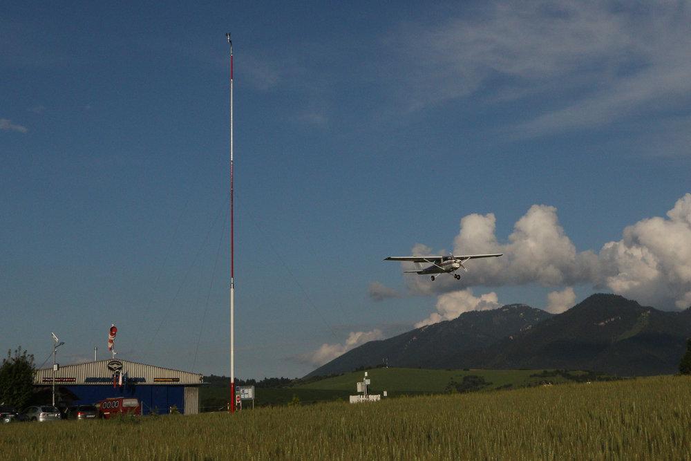ezMETAR airport weather station installation at international airport jasna, icao code: lzjs