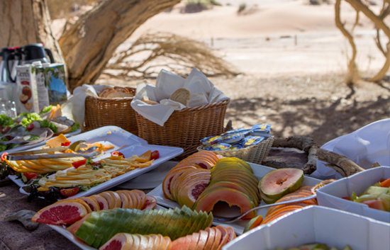 Breakfast at Deadvlei