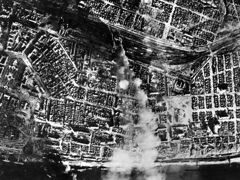 Bahnhofe II  Stalingrad  August 1942  1.jpg