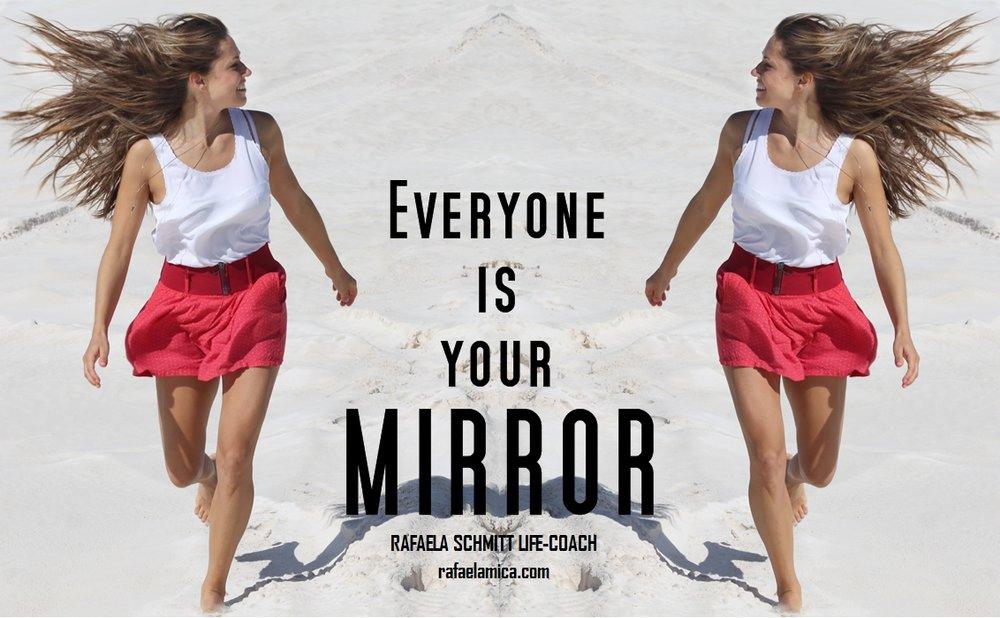mirror_Rafaela Schmitt life-coach.jpg