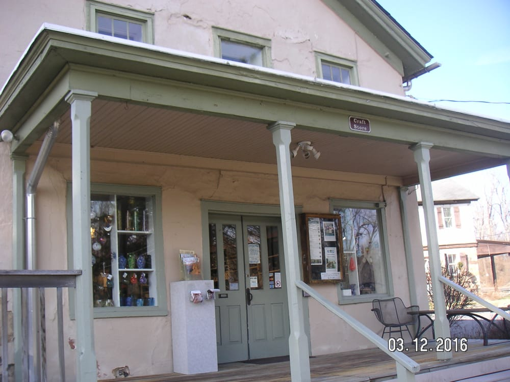 Peters Valley Craft Store and Gallery    19 Kuhn Rd.    Layton, NJ 07851-2004