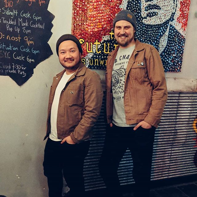 The future is unwritten, yet these two wore the same damn outfit. Thanks to @arcadiayeg for hosting our cask and our tap takeover. #seachangetwinning 👯 #thefutureiswrote . . #GREATBEERFROMRIGHTHERE #seachangebrewingco #seachangebeer #twinning