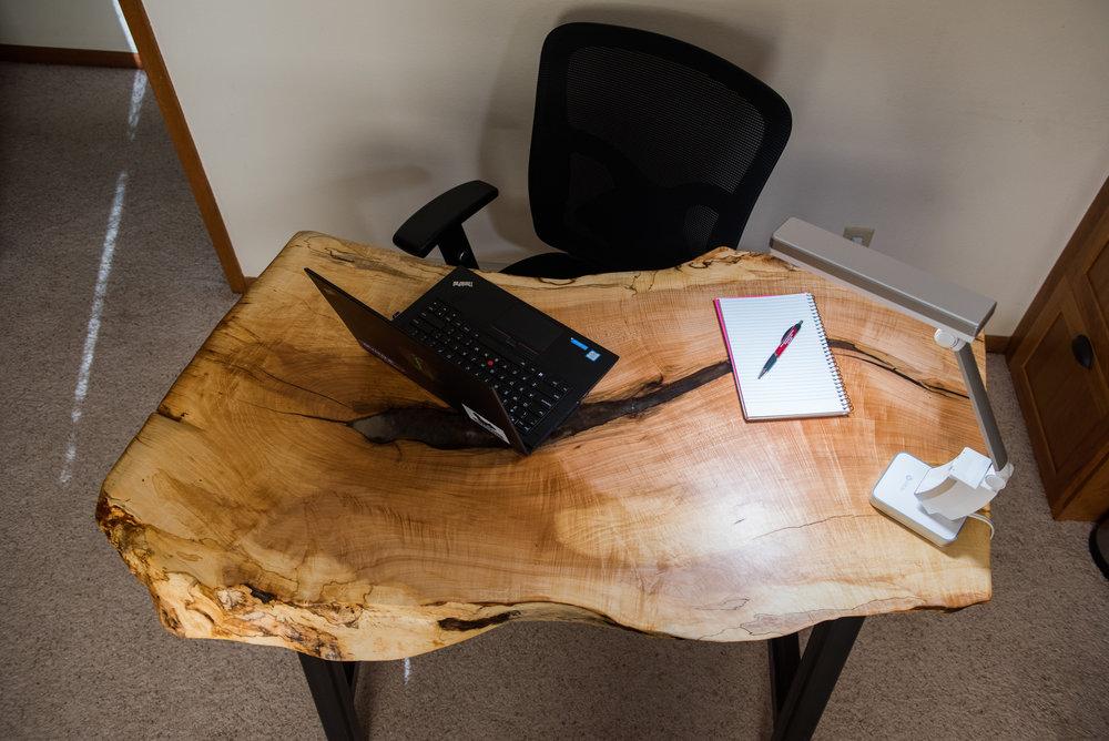 DeskFF.003.jpg