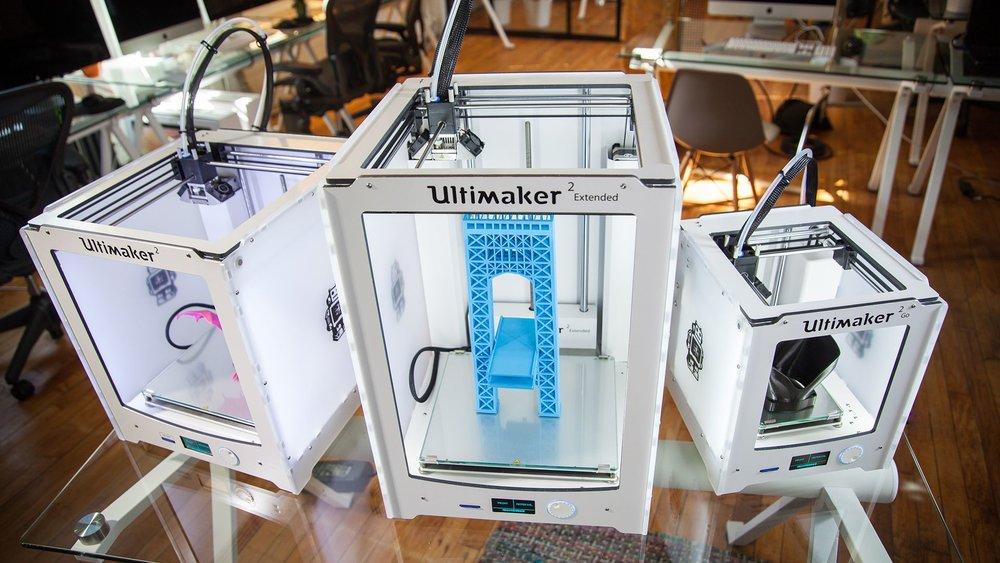 ultimaker-2-3d-printer-family-release.jpg