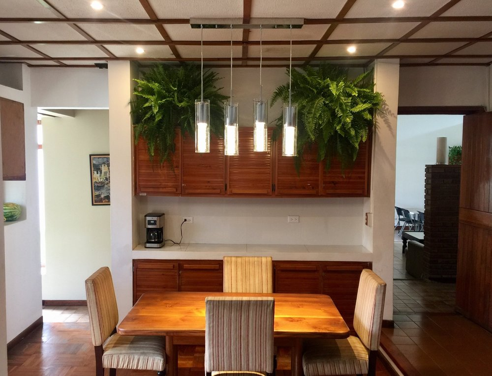 Costa Rica Sober Living Kitchen Dining