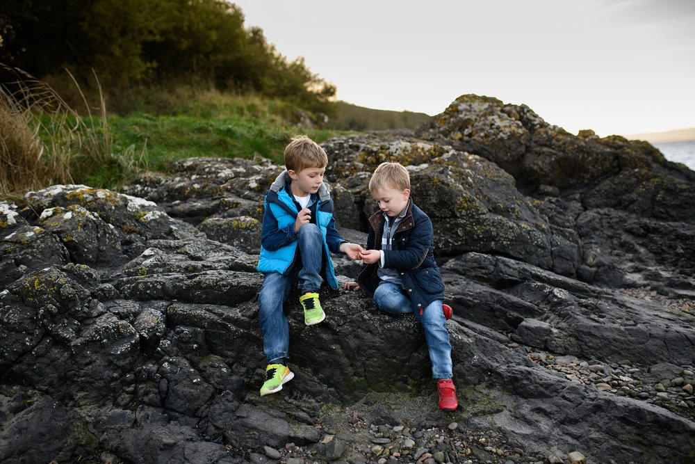 catriona scott photography_portraits_photoshoot_carnoustie_wormit_sunset_family_0007.jpg
