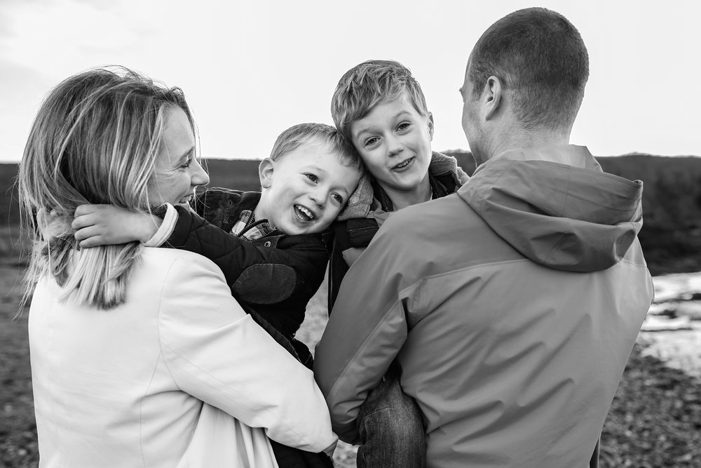 catriona scott photography_portraits_photoshoot_carnoustie_wormit_sunset_family_0013.jpg