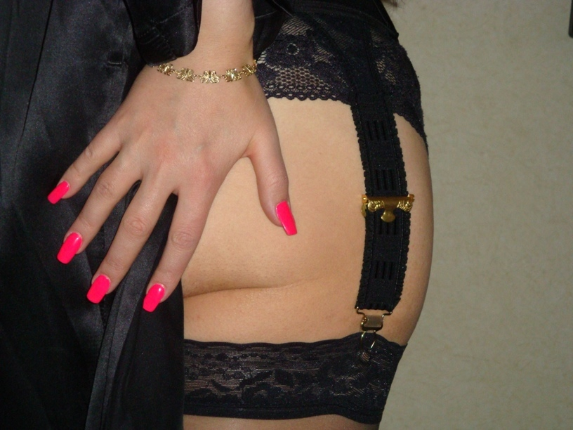 hand_REV.JPG