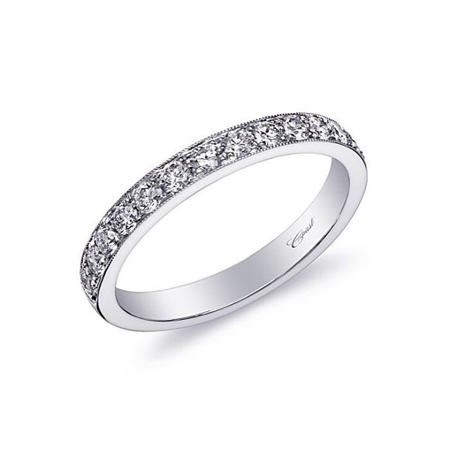 This elegant wedding band features fine pave set diamonds across the top half of the ring. Finished with delicate milgrain edging.⠀ ⠀ #weddingband #wedding #rings #beautifuljewelry #eastnorthport #squiresjewelers #shoplocal #diamond #jewelry #brides #instyle