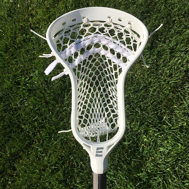 Clean all white setup on an Epoch Prequel with some Hero 2. #StringIt @ecdlax @epochlax