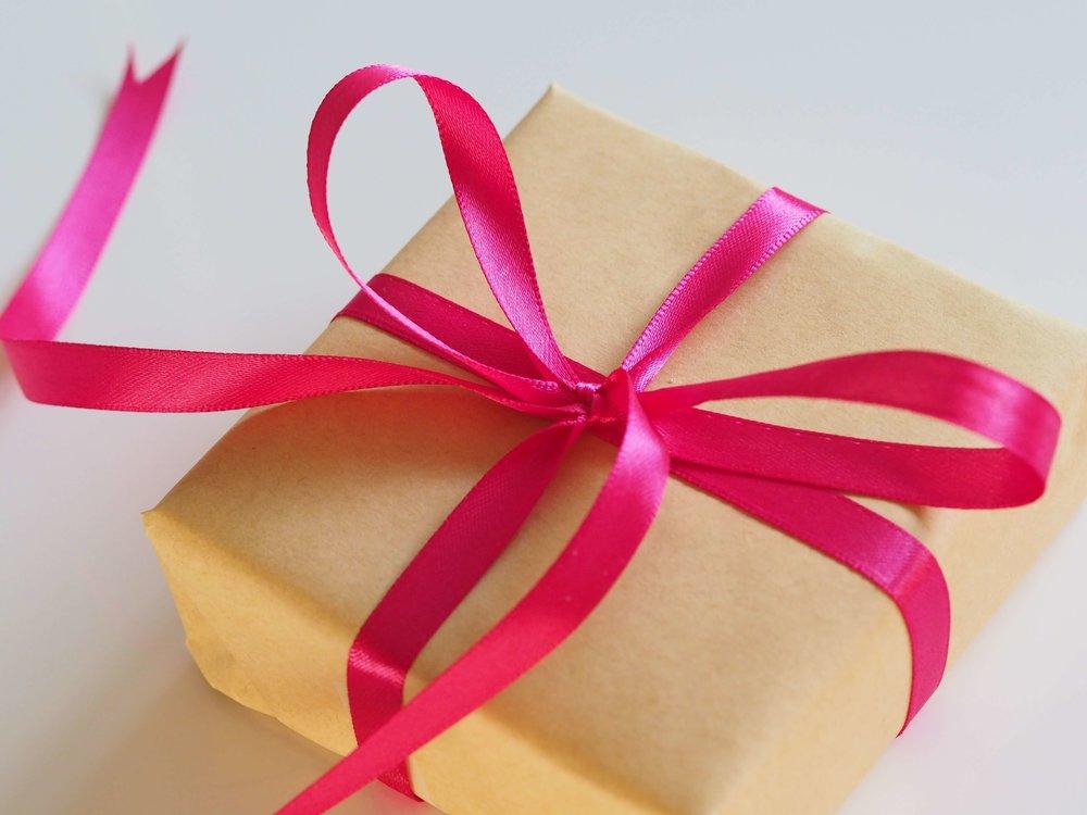 Holiday-gifts-female-entrepreneurs-hatch-tribe-2018.jpg