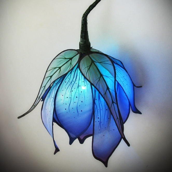 blue lily2.jpg