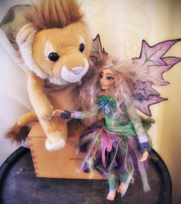 Ellsie and Flyin Lion1.jpg