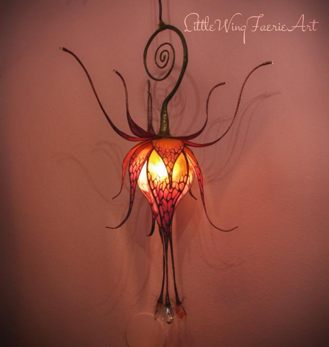 hanging lily1.JPG
