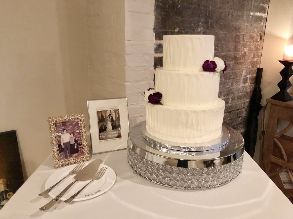 Your perfect cakeis waiting. - Let's set up your custom tasting today!GET STARTED