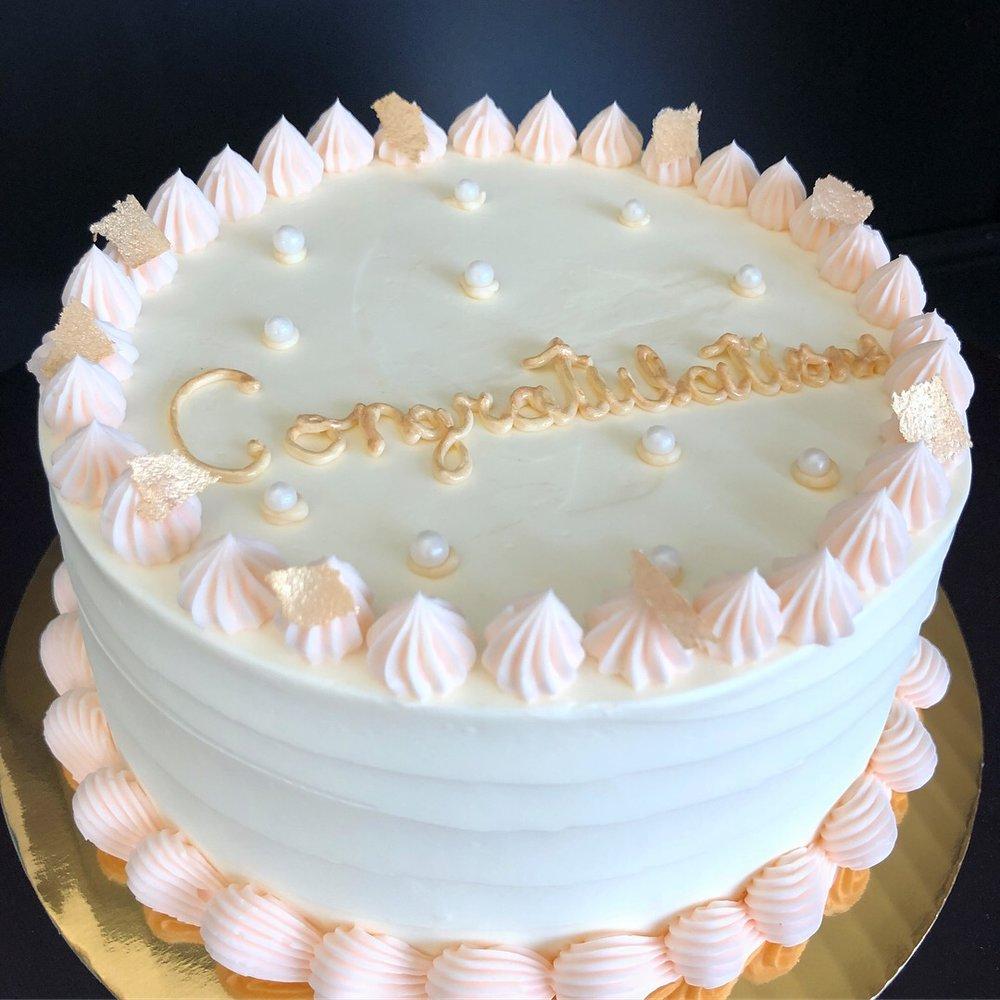 Congatulations cake.JPG