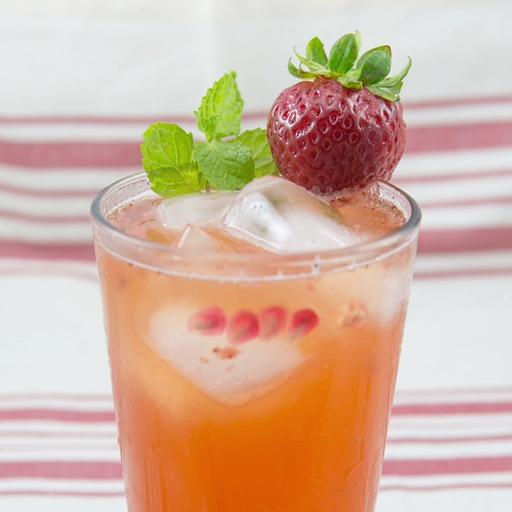 Strawberry Kombucha Mocktail.jpg