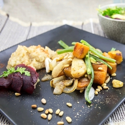 Butternut Squash with Cauli Mash and Pear walnut salad.jpg