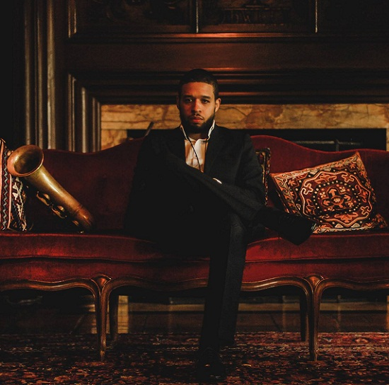 kenneth-whalum-red-couch