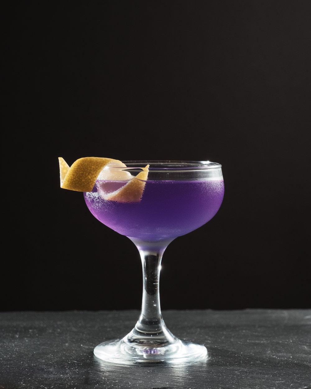 ingredients: - 2 oz Empress Gin¾ oz Cocchi Americano (blanc vermouth)¼ oz Green Chartreuse2 dashes grapefruit bittersAbsinthe rinse