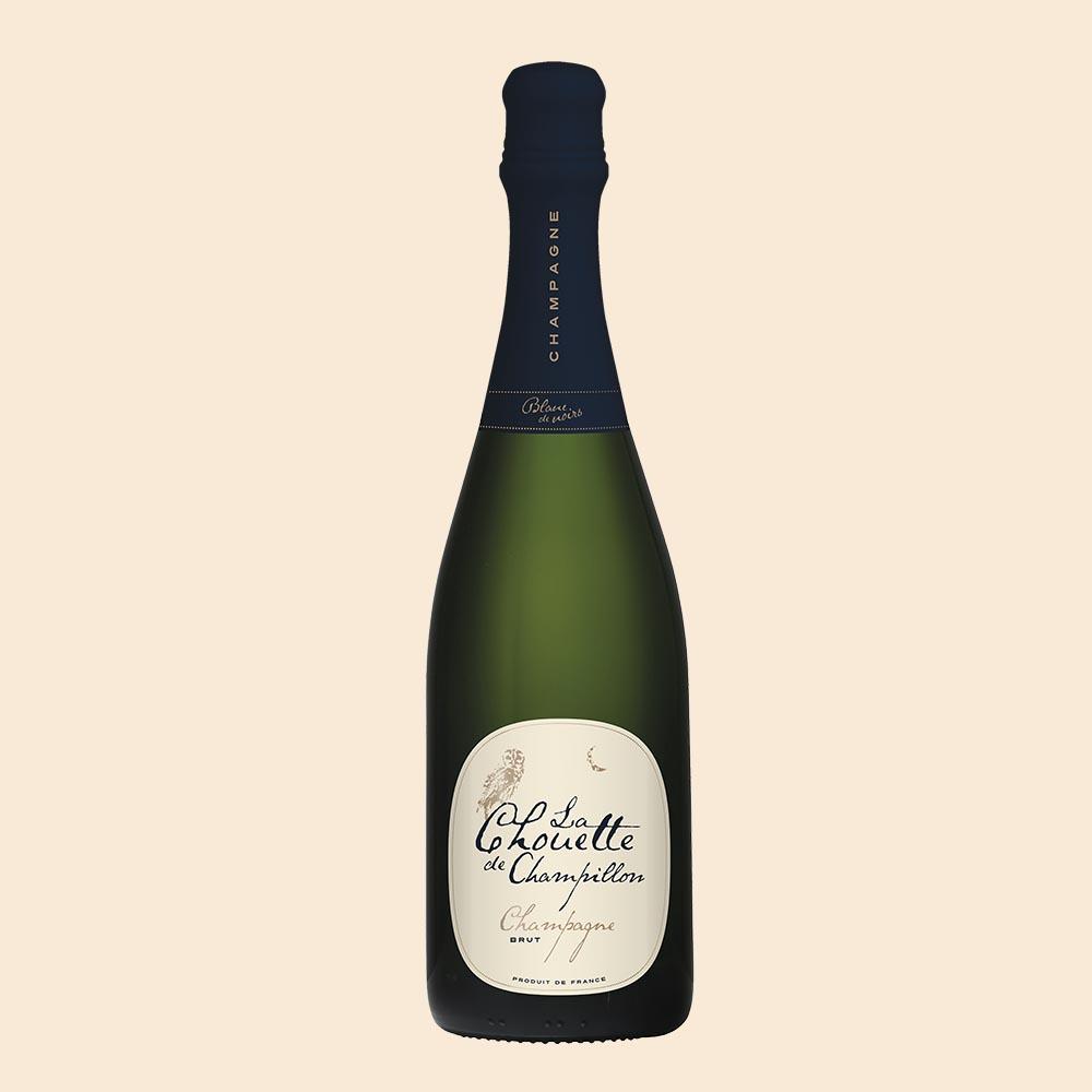 Champagne Chouette Blanc de Noirs - Champagne Chouette tävlar i en helt egen pris- och kvalitetsklassProducent:Champagne AutréauKvalitetsklass: Champagne AOCDruva: Pinot Noir & Pinot MeunierFlaskstorlek: 0,75 lPris:239SEK