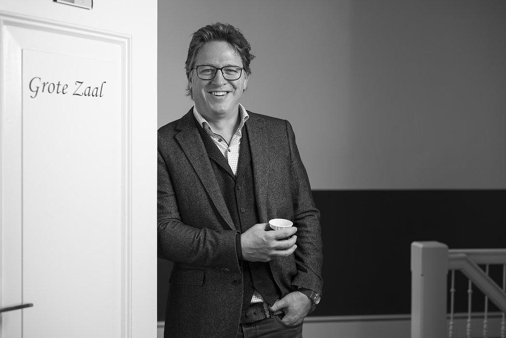 HANS ANTON VERSCHOOR CEO  REDHOTMINUTE DIGITAL AGENCY