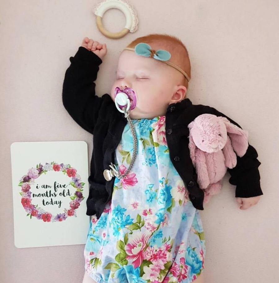 little hugs baby boutique -
