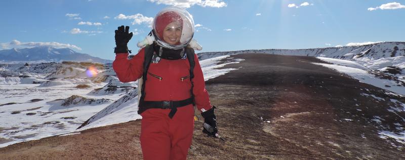 Carmen durante una Actividad Extravehicular en el Mars Desert Research Station.jpg