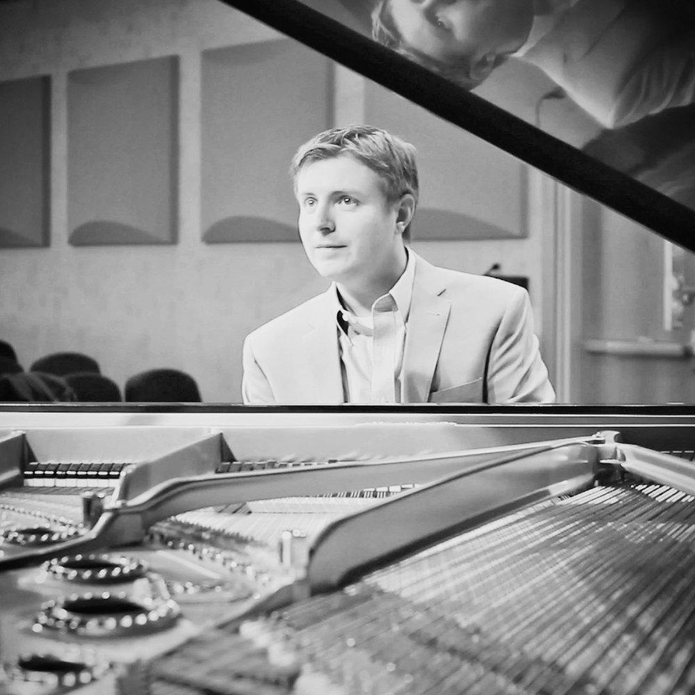 Pianist Matt DeChamplain