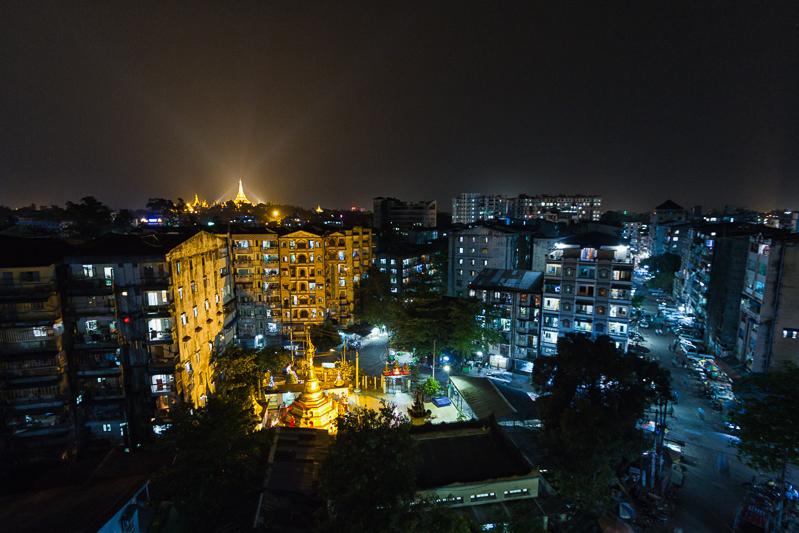 myanmar_shwedagon_night-.jpg