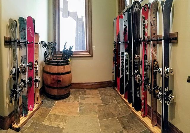 A recent custom install in Park City. 13 skis all ready to go!⠀ .⠀ .⠀ .⠀ #RealAdventureDesign #RADicallyorganized #handmade #mountainart #mudroom #ski #organization