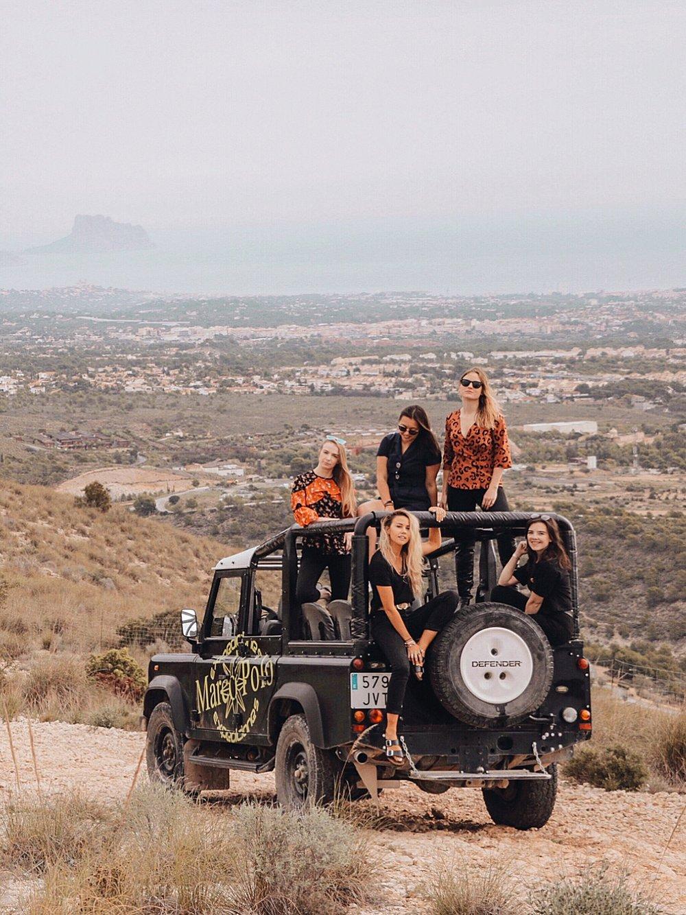 Jeep Safari 1.jpg