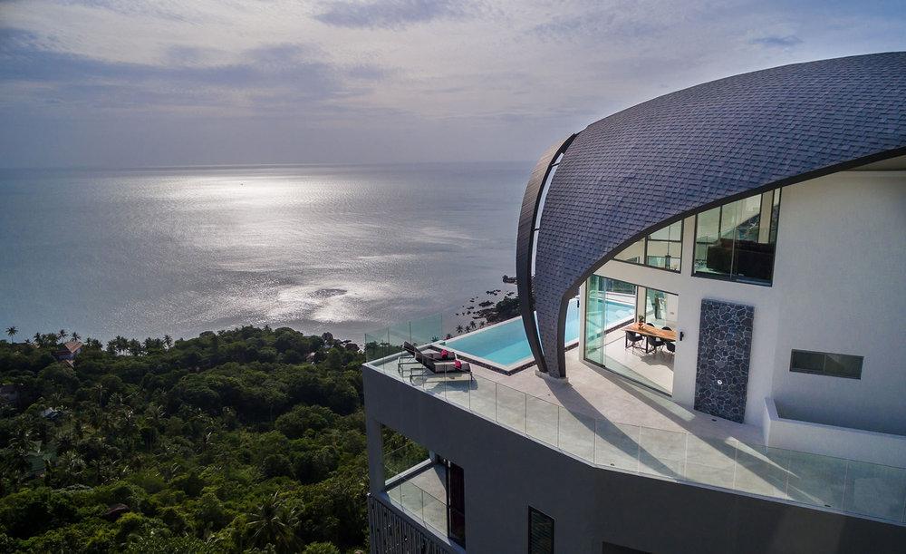 The villa overlooking the sea