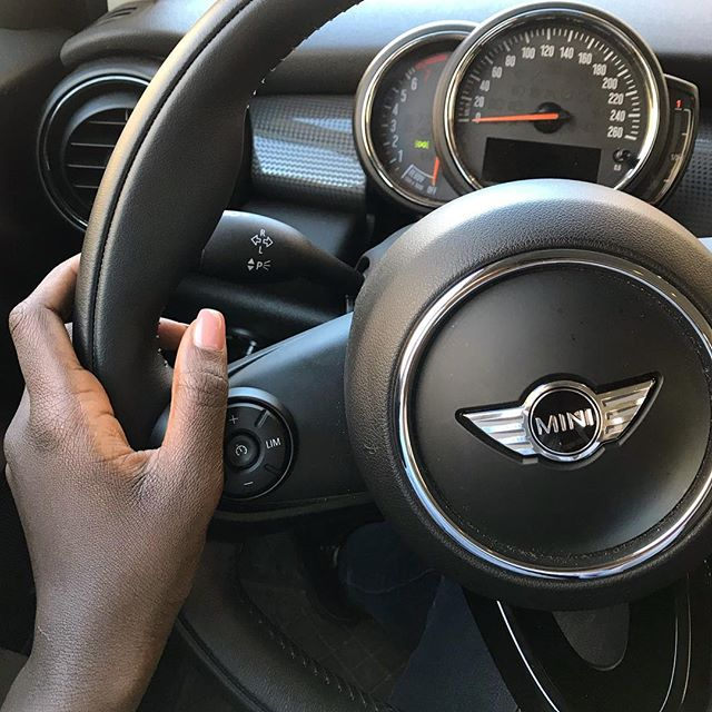 so much fun today driving my once dream car with @mydrivingacademy ! 😃 my mum promised me a #minicooper after graduation but i'll take it that didn't happen cause I had no license - good that i will graduate the 3rd time soon again InshaAllah *motivation* 💪🏾😂 (ok mummy - if you're reading this) 😉😛💕