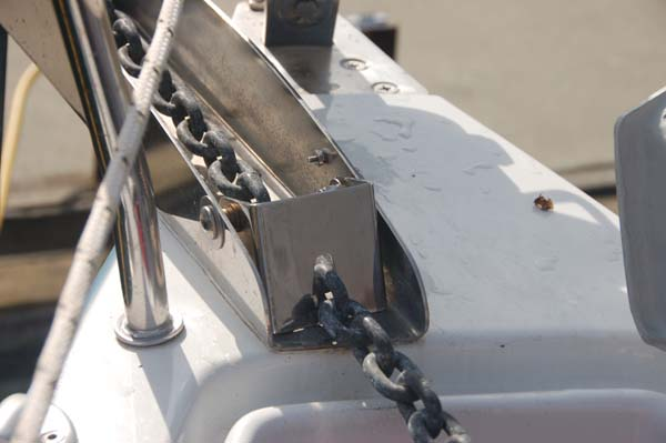 Chainstopper down small.jpg