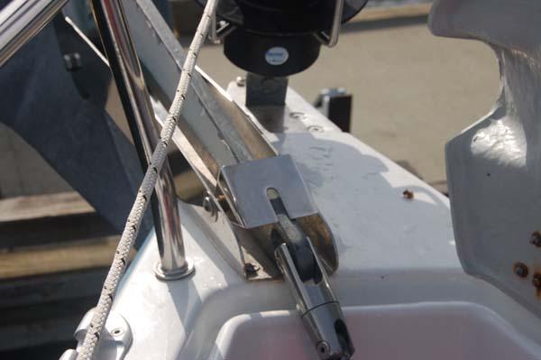 Chainstopper anchor small.jpg