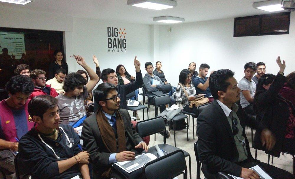 ¿Cómo potenciar tus oportunidades de empleo? - Participantes descubren algunas de sus cualidades a través del test de Pshyco Geometrics.