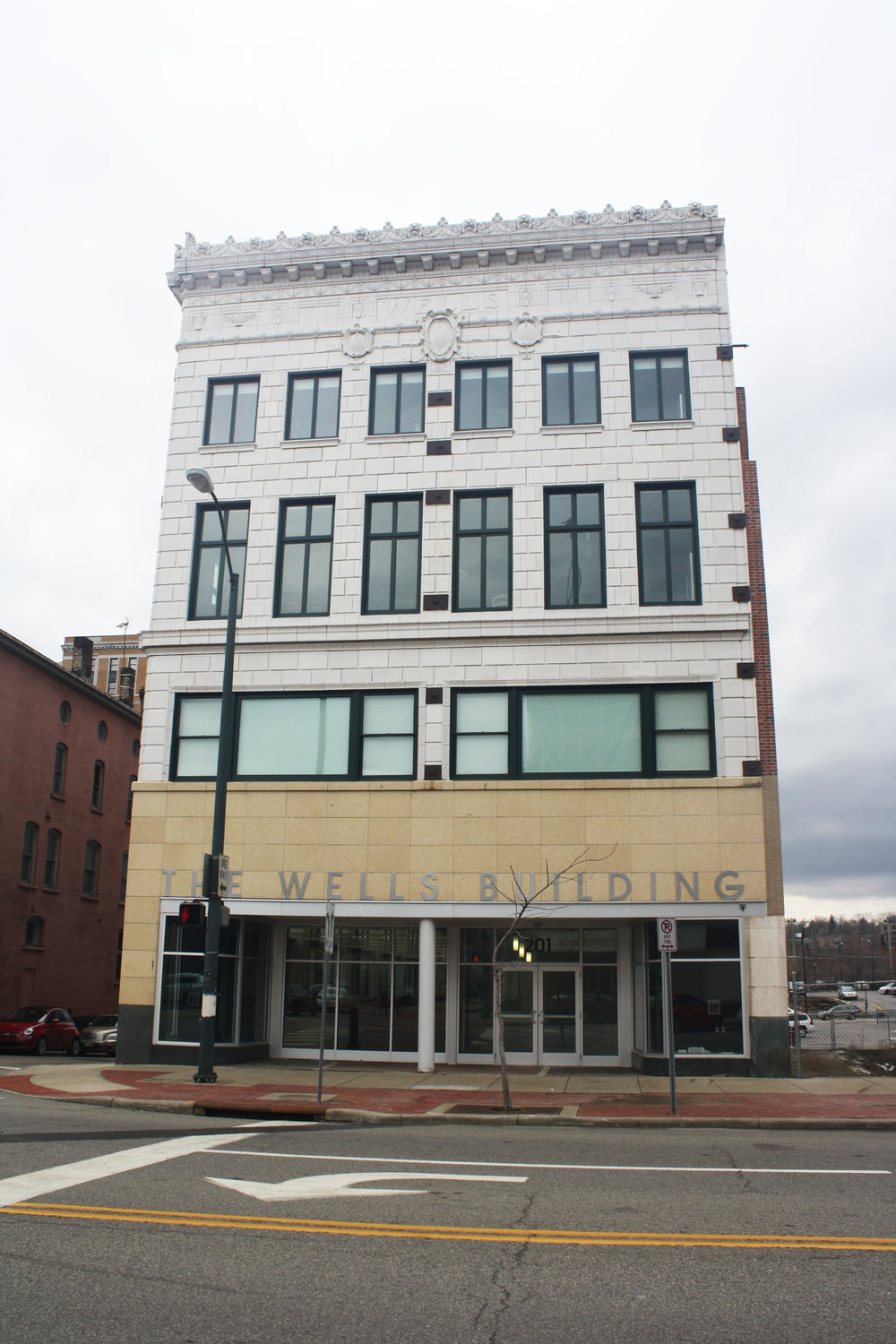 THE WELLS BUILDING - YOUNGSTOWN, OH