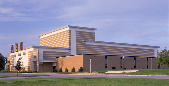BOARDMAN HIGH SCHOOL - PERFORMING ARTS CENTER - BOARDMAN, OH