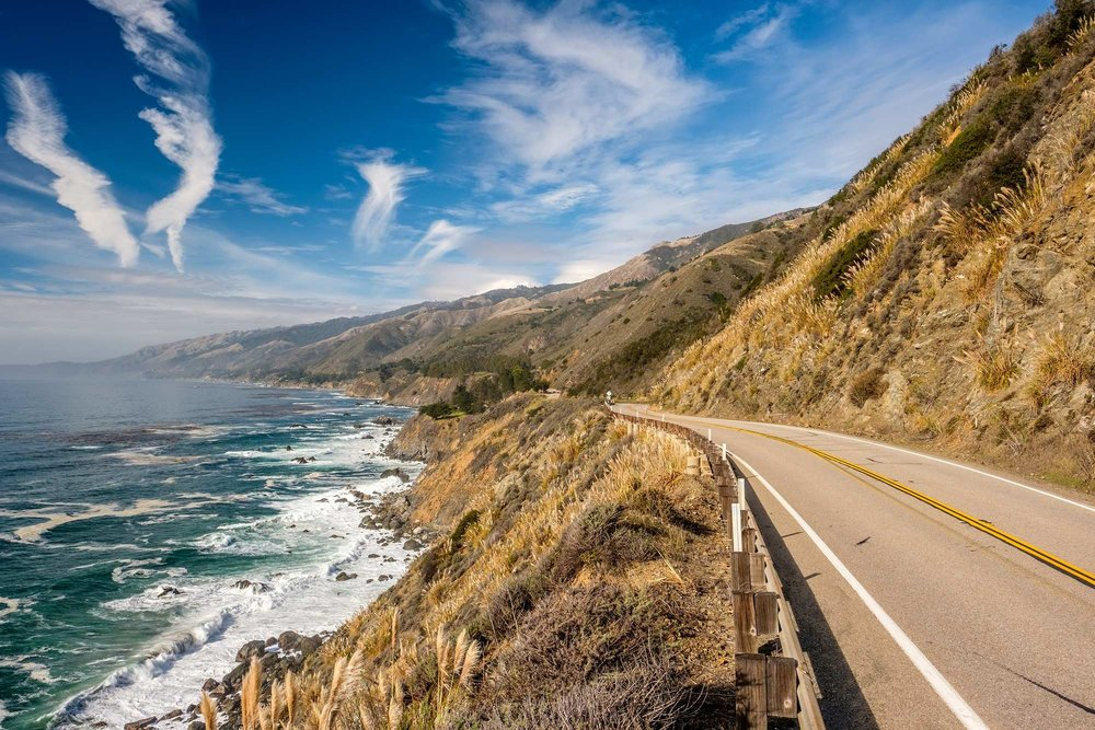 01_AdobeStock_136641427_pacific-coast-highway-roadtrip_02-08-17_opt.jpg