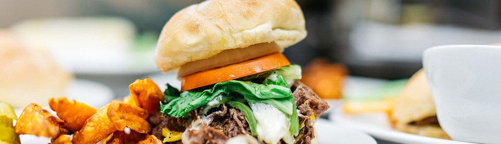 skyybox-food-menu-burger.jpg